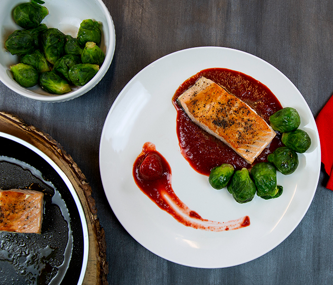 Salmon Fillets in Strawberry-Balsamic Reduction Sauce